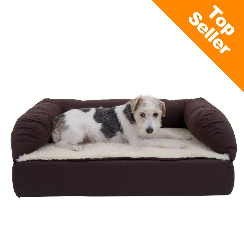 This orthopaedic dog bed with memory foam and extra high edge offers luxurious comfort and a place for relaxing sleep with no stress on the joints