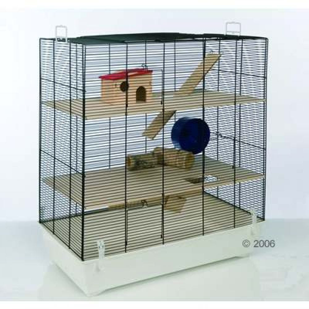 Due to its generous height the Small Pet Home Fun Area Leon offers multiple levels of living space thus offering your pets plenty of space to move around