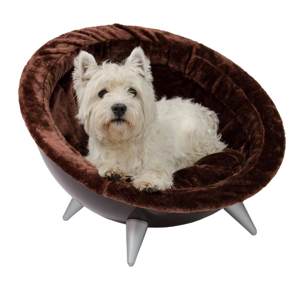 This is half round dog nest in a retro design with plush upholstery and a soft cushion is a comfortable place for your pet to chill out