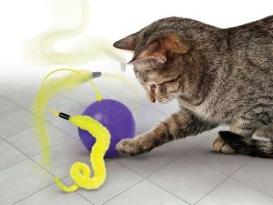 KONG Purrsuit Whirlwind Cat Toy Whirlwind Cat Toy